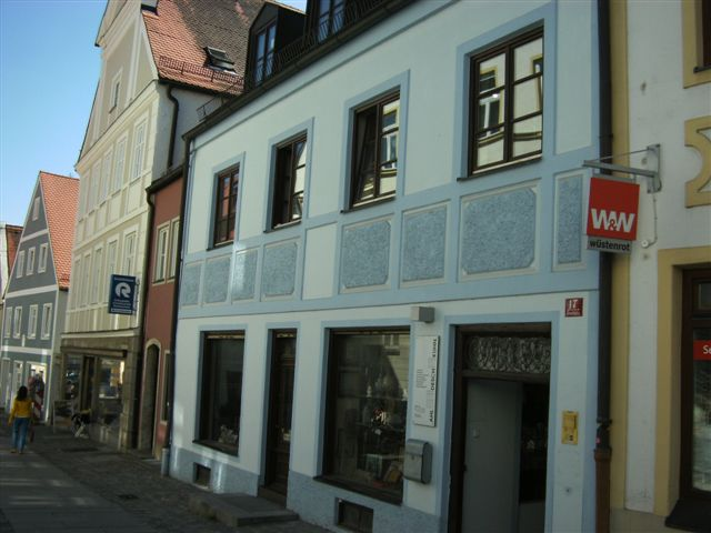 Malerarbeiten_an_Fassade_in_Freising